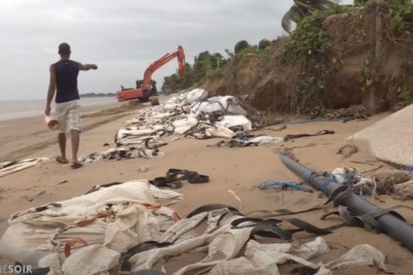 Kourou : la problématique de l'érosion de la côte avec l'arrivée des grandes marées