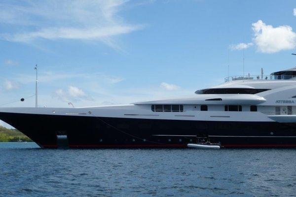 Un navire prestigieux de plus de 100 m de long
