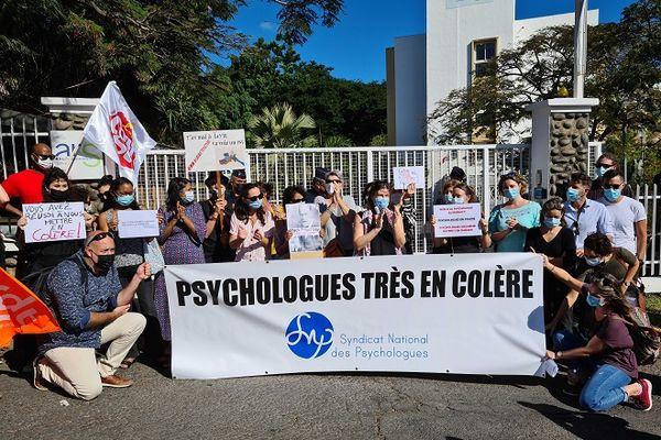 Manifestation des psy devant l'ARS
