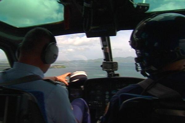 Hélicoptère et caméra