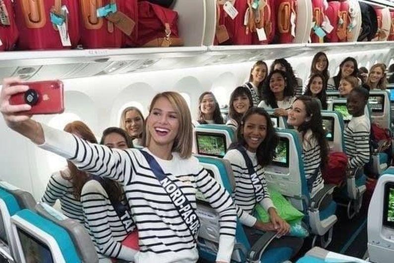 Les Miss sont dans l'avion pour Tahiti