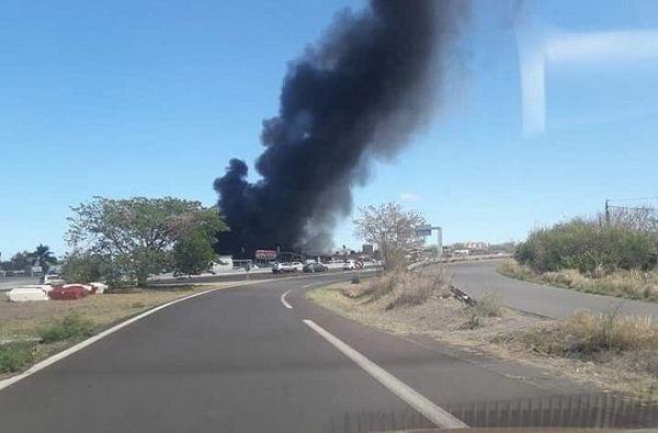 Important incendie à Cambaie