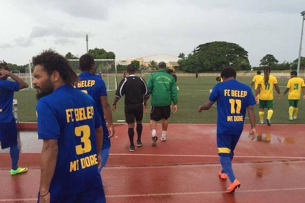 Les joueurs de Belep à Boéwa