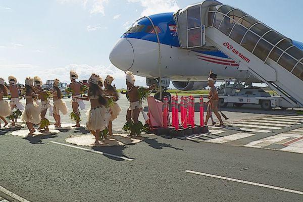 """Dreamliner d'Air Tahiti Nui """"Tupaia"""""""