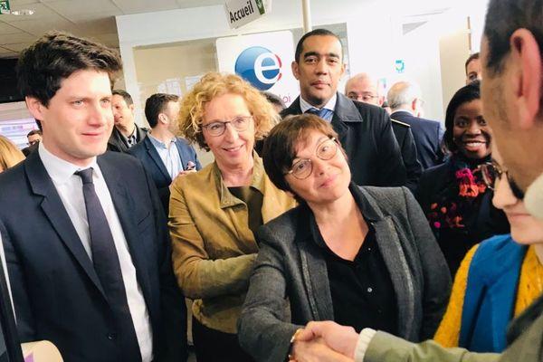 Muriel Penicaud, ministre du Travail, Annick Girardin, ministre des Outre-mer et Julien Denormandie, ministre chargé de la Ville et du Logement, annoncent l'extension géographique du dispositif des emplois francs.