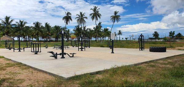 Place de la Cocoteraie à Kourou - différents agrées pour la pratique sportive