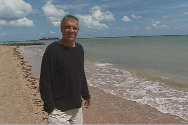 Julien Clerc plage Nouméa 1er septembre 2017