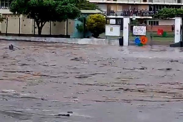 Inondation Schoelcher