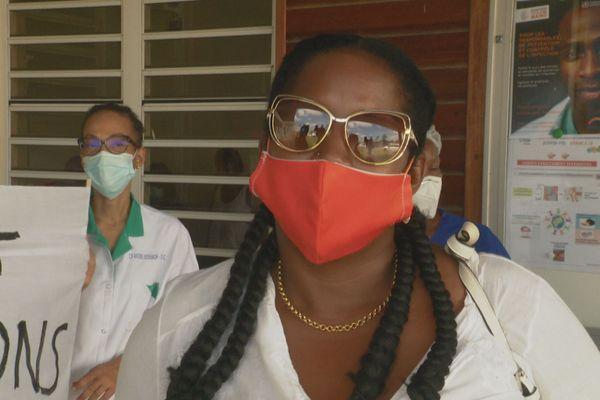 Cayenne : une trentaine d'agents manifestent à l'hôpital