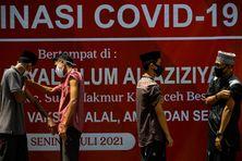 Vaccination contre le Covid-19 à Jakarta en Indonésie