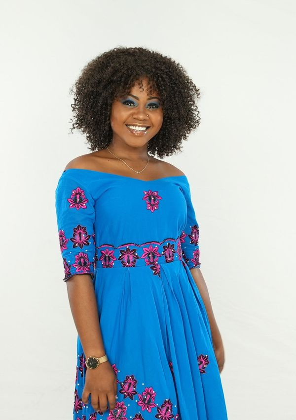 Anaisse Chabouhane joue Farzati