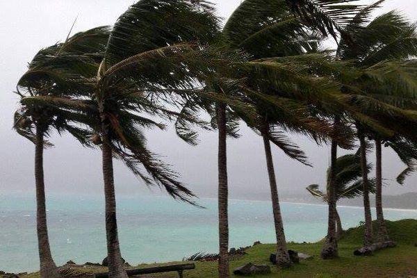 Cyclone Donna Lifou