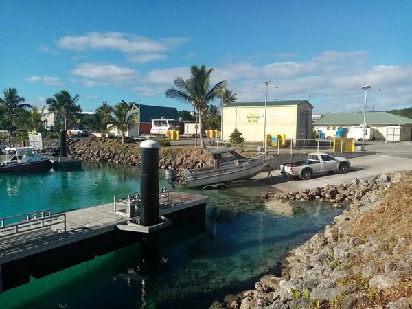 Retour de pêche à la marina de Wé à Lifou