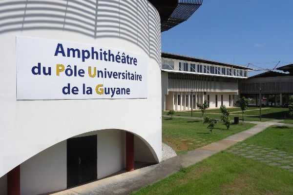 Université Guyane
