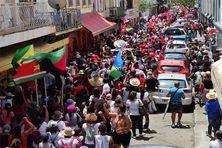 nouvelle manifestation à Fort-de-France contre la vaccination et le pass sanitaire