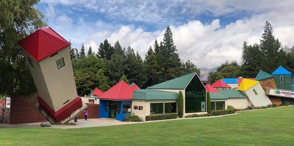 Rotary tour nouvelle-zélande 2018 Puzzling world, à Wanaka (février 2018)