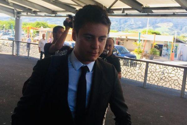 Secrétaire d'État auprès du ministre de l'Éducation nationale et de la Jeunesse, Gabriel Attal est en visite à La Réunion