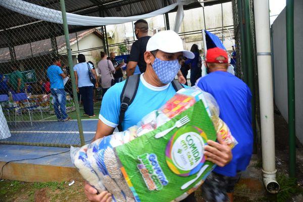 Oiapoque : Une livraison de colis alimentaires pour 750 familles en difficultés
