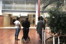 A l'aéroport de Tontouta, au départ d'un vol pour Hihifo, le 30 août.