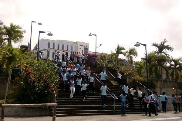 Lycéens au campus