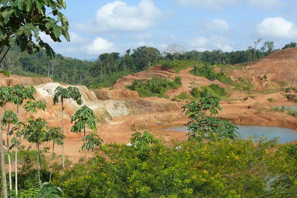 Une mine d'or en Guyane