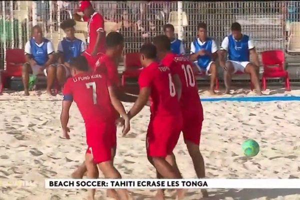 Beach soccer : Tahiti écrase les Tonga 23 à 1