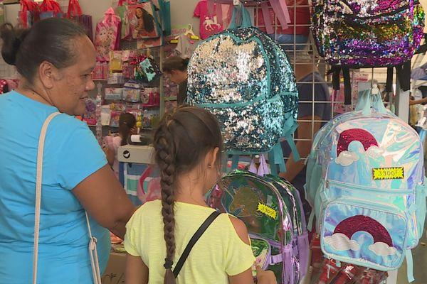 Kits scolaires : un achat groupé pour aider les familles dans le besoin
