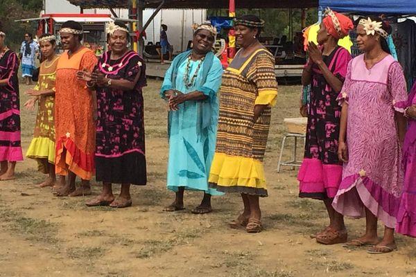 Fête de la robe mission au marché de Voh (24 juin 2017)