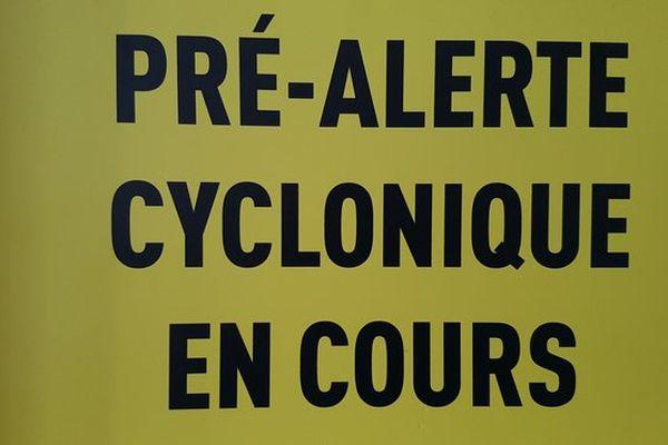 Panneau Pré-Alerte Cyclonique