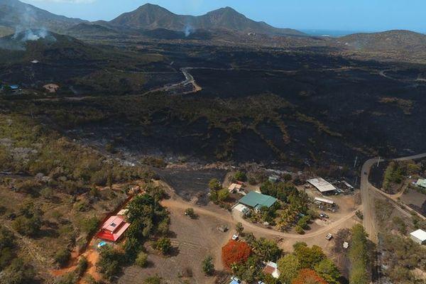 L'incendie de Koumac vu de drone le mercredi 9 janvier.