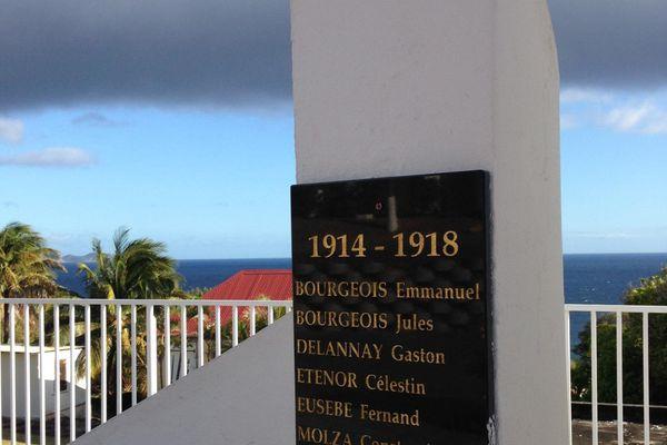 Le monument aux morts de Vieux-Fort