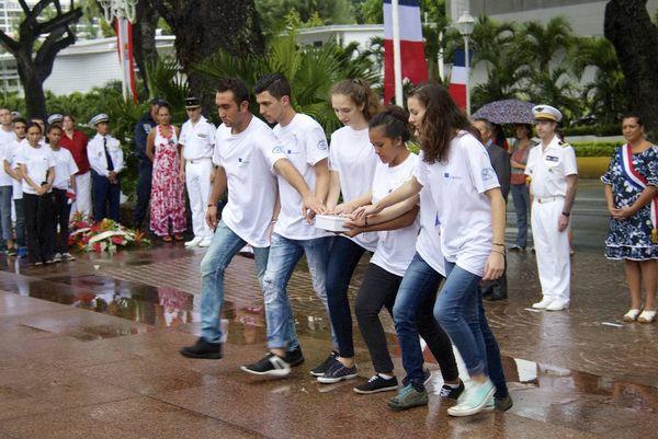 Hommage des jeunes du programme Erasmus
