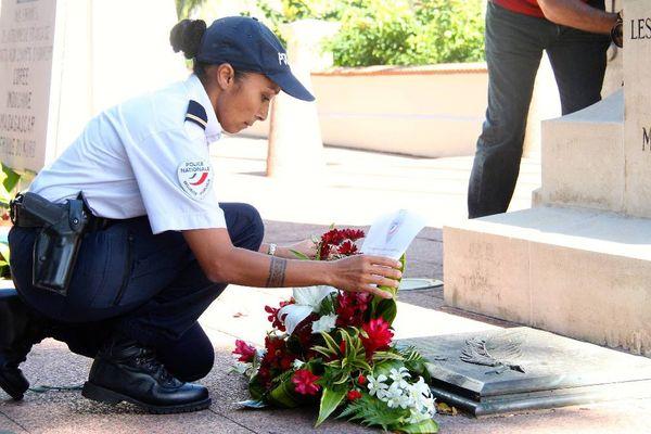 hommage aux policiers