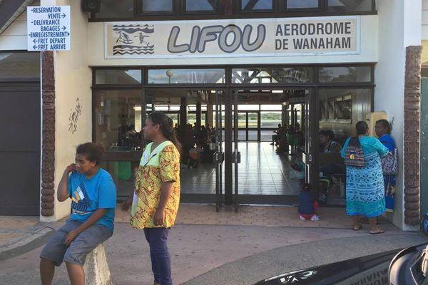 Aircal. Aérodrome Lifou. Vol retardé