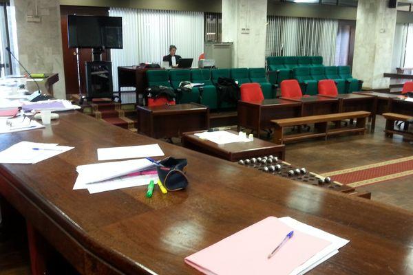 Salle d'audience au Conseil Général