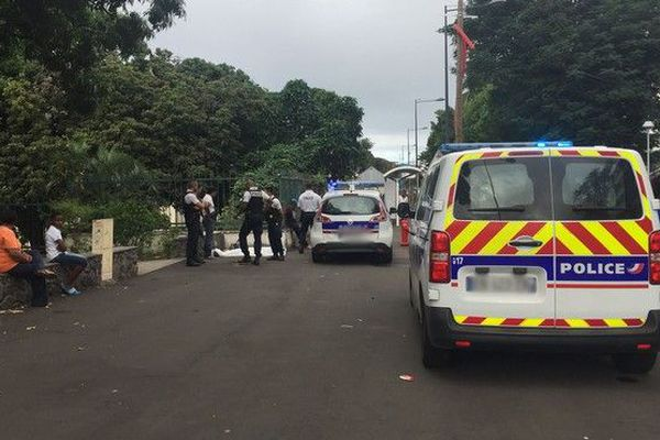 découverte homme décédé dans la rue chateau morange Saint-Denis 070719