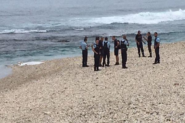 Corps sur la plage de Trou d'Eau Juillet 2017