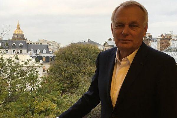 Jean-Marc Ayrault dans son bureau au MOM