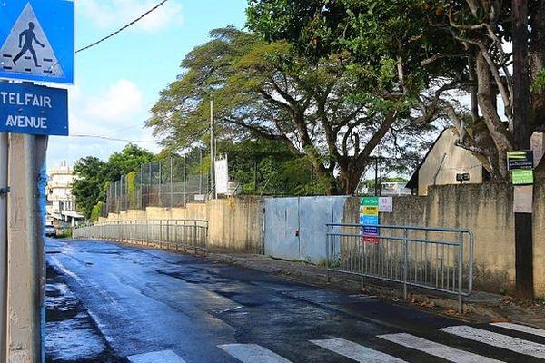 rue vide de l'île Maurice