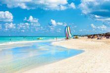 Cayo Santa Maria situé sur la côte nord de Cuba est l'un des rares endroits autorisés à accueillir les vacanciers.