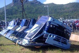 Accident de bus à Maurice en 2013