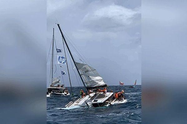 Un bateau en difficulté