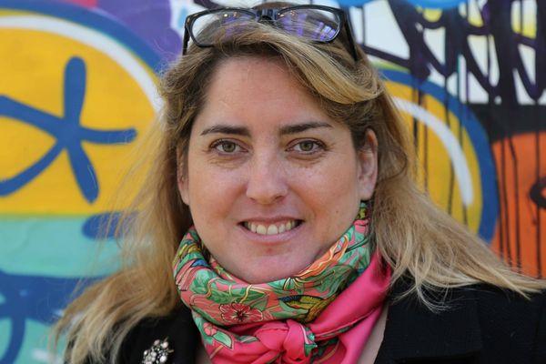 Anne-Constance Coll, avocate au barreau de Paris, spécialiste de Droit public
