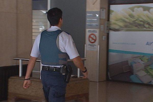Après les attentats, pas d'état d'urgence mais des contrôles renforcés