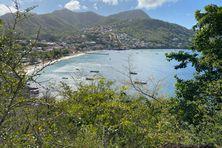 Vue depuis les hauteurs de la commune des Anses d'Arlet en Martinique.