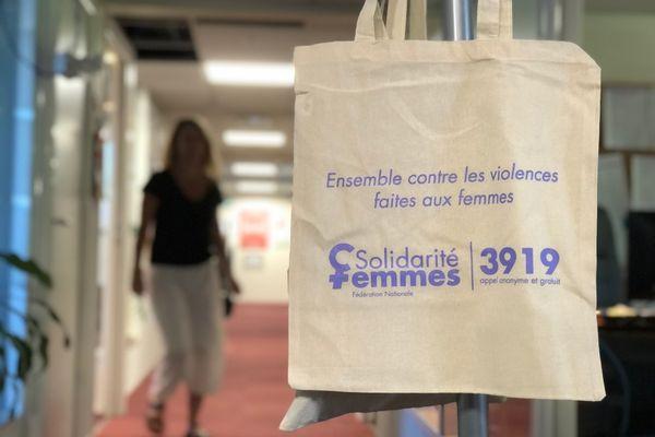 Centre d'écoute violences faites aux femmes 3919