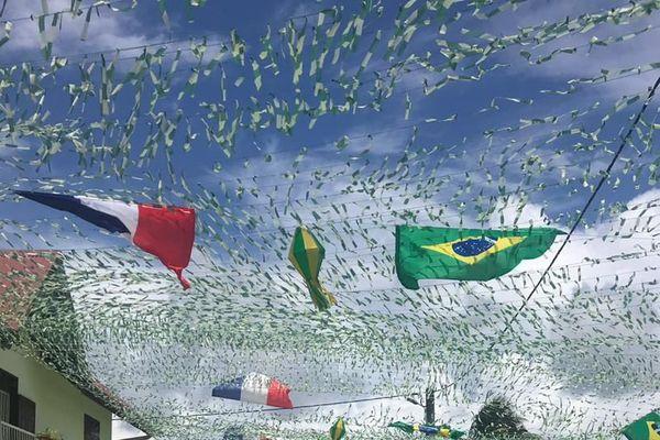 Une rue aux couleurs du Brésil
