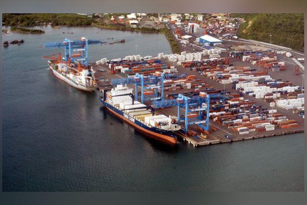Le port de Fort-de-France