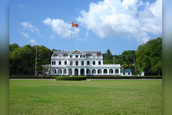 palais présidentiel surinam