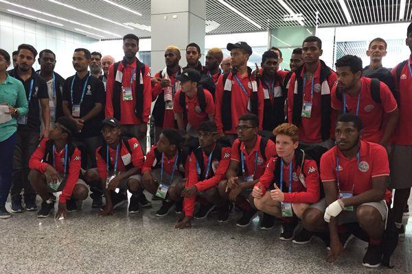 La sélection calédonienne à son arrivée à Kolkata.